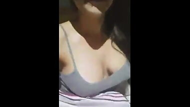 Big Tits Gf Flashing Tits on Webcam - arsivizm